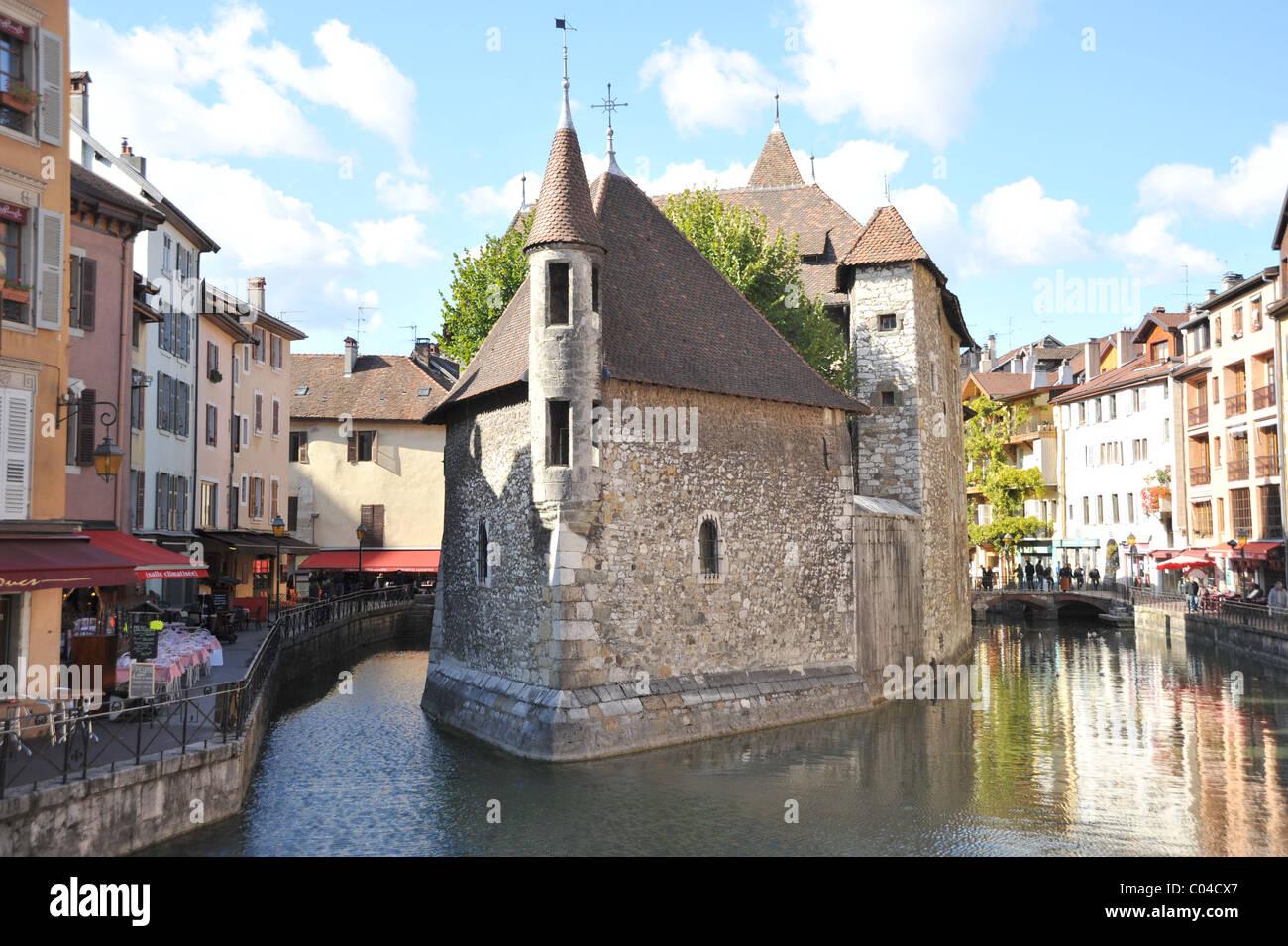 PALAIS DE L ILE, QUAI DES V PRISONS, Annecy, Haute Savoie, France - Stock Image