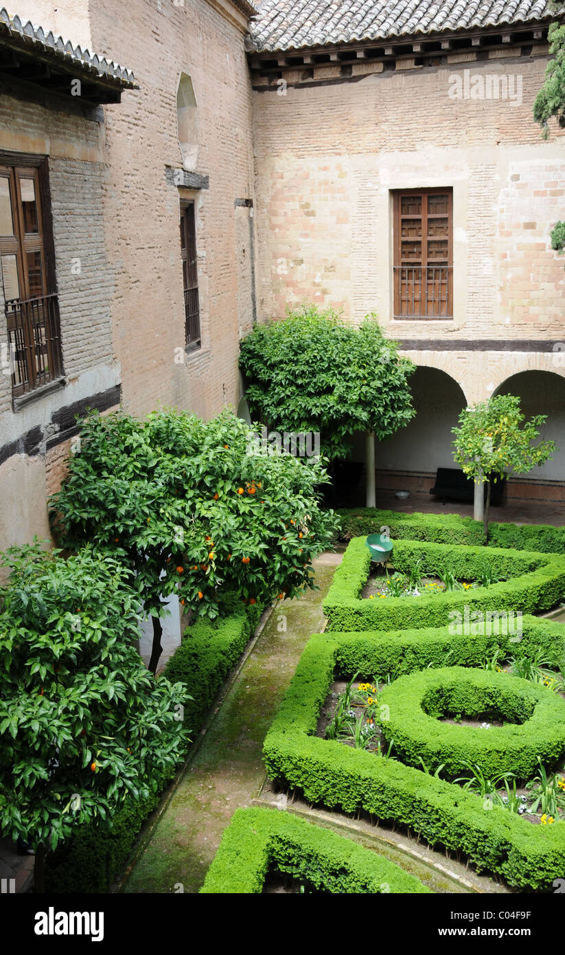 Garden and orange trees in Alhambra Palace, Granada, Andalusia, Spain - Stock Image
