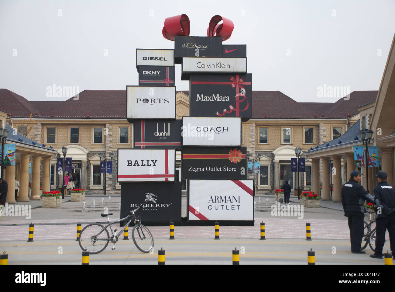 4fe3cc101 Premium Outlet Mall Stock Photos   Premium Outlet Mall Stock Images ...