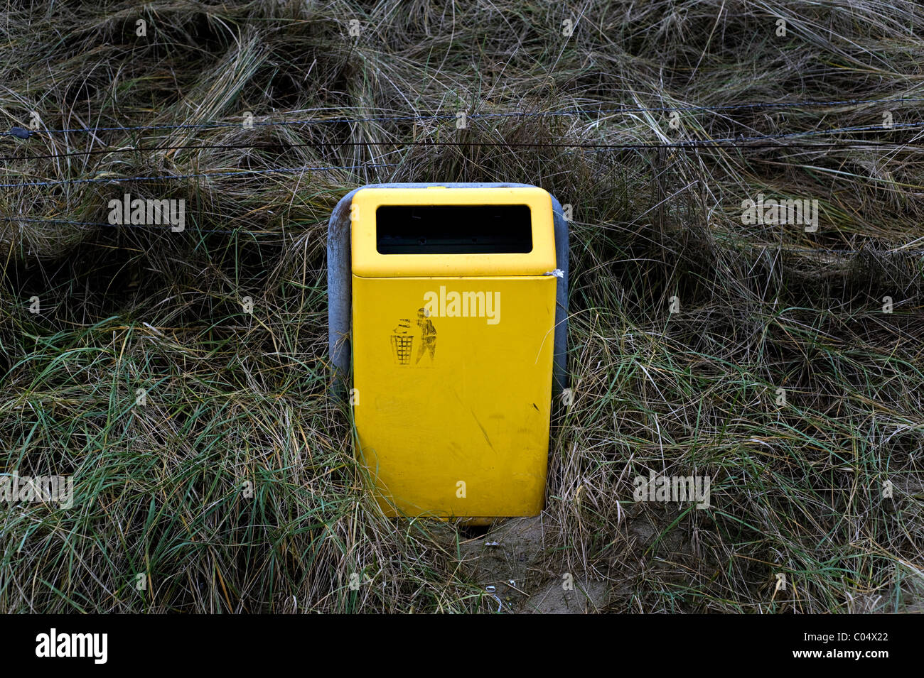 garbage can bin at the beach in Holland - Stock Image