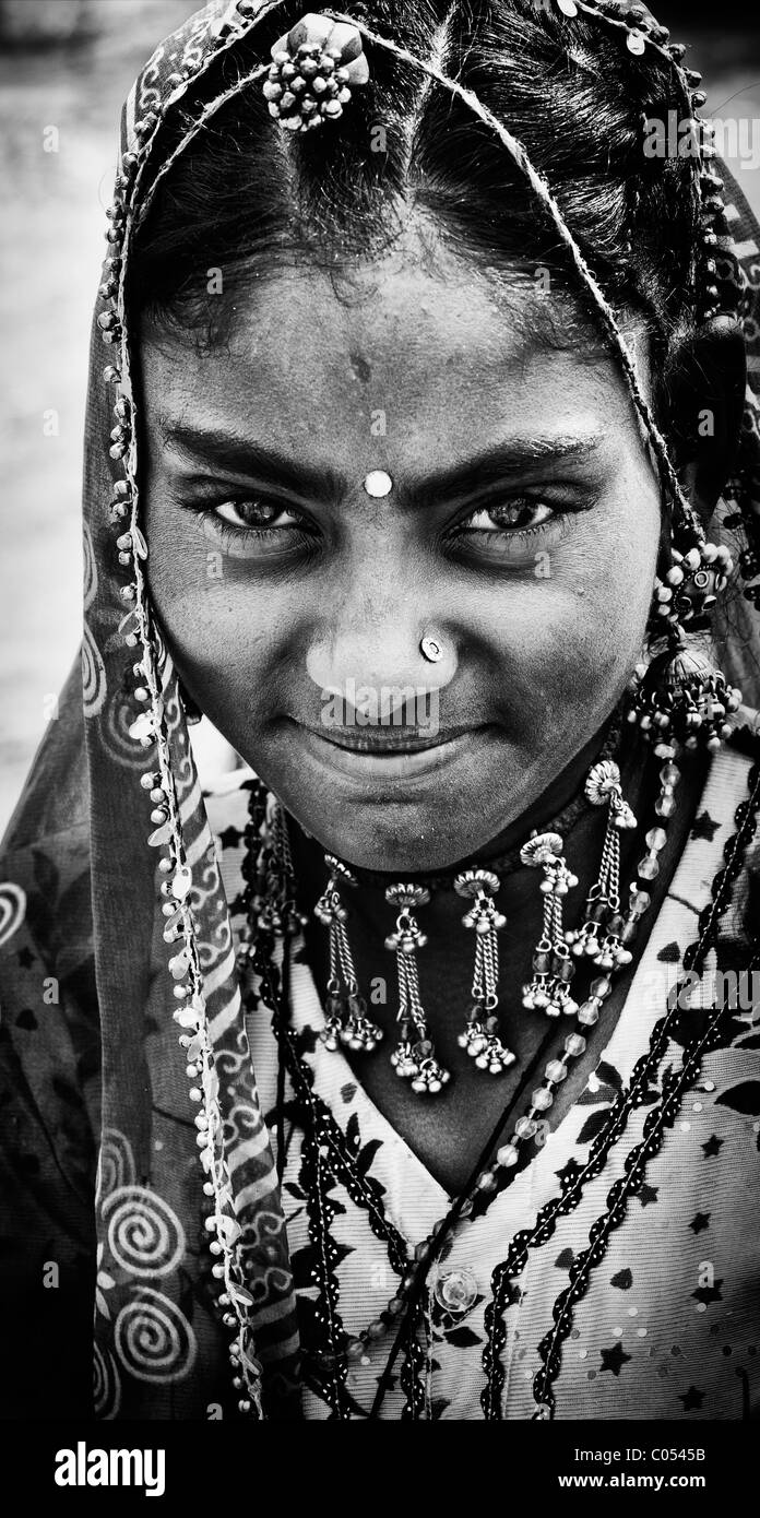 Gadia Lohar. Nomadic Rajasthan teenage girl. India's wandering blacksmiths. Monochrome Stock Photo