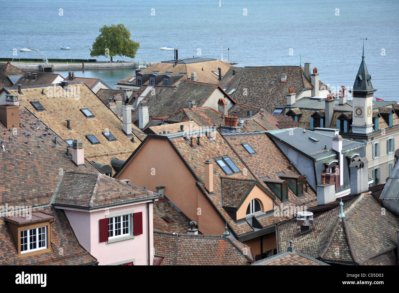 The town of Nyon in Switzerland, situated on the banks of Lake Geneva - Stock Image