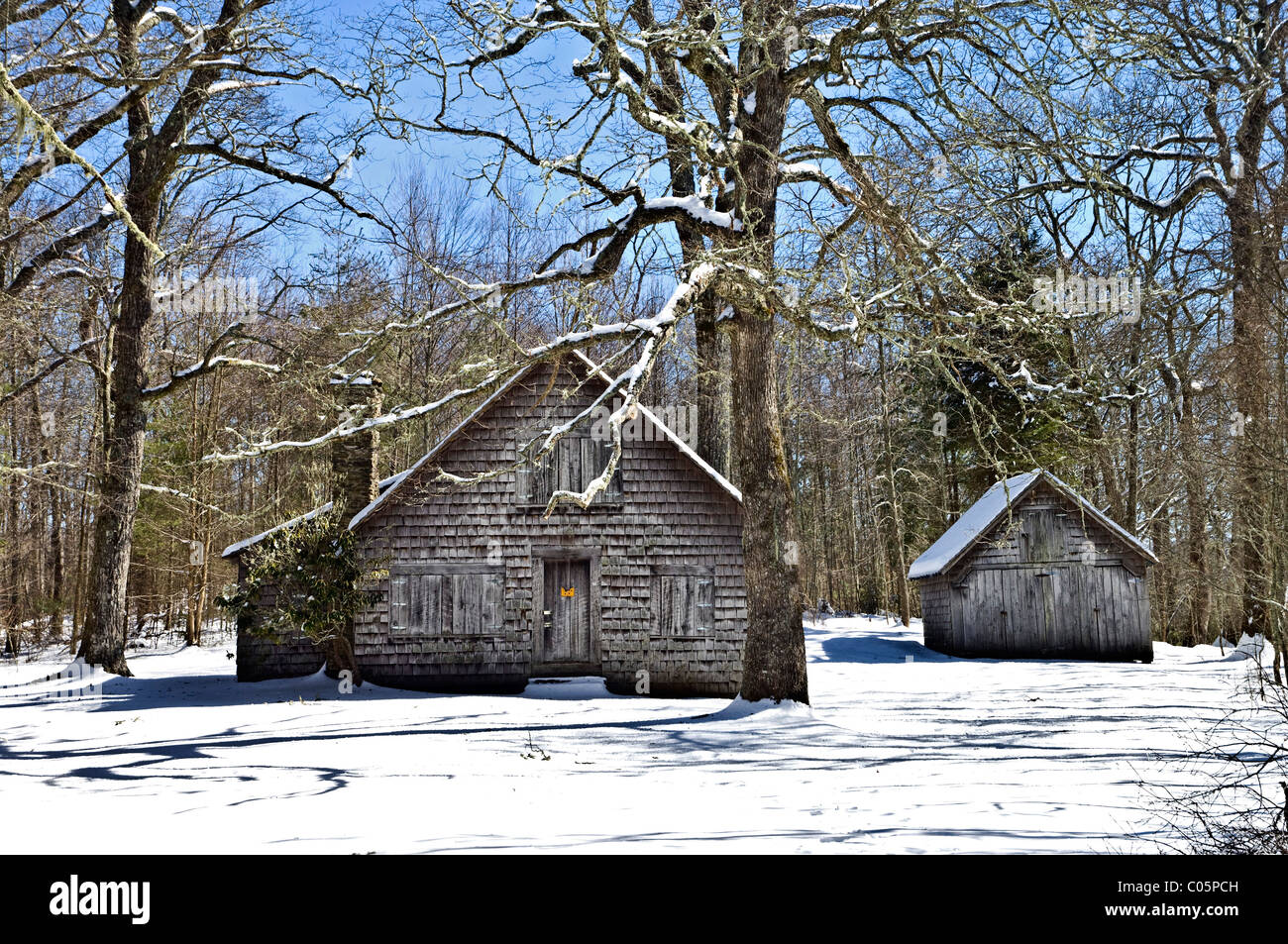 Old forestry buildings in the winter landscape, Wilson Lick ranger station in North Carolina. - Stock Image