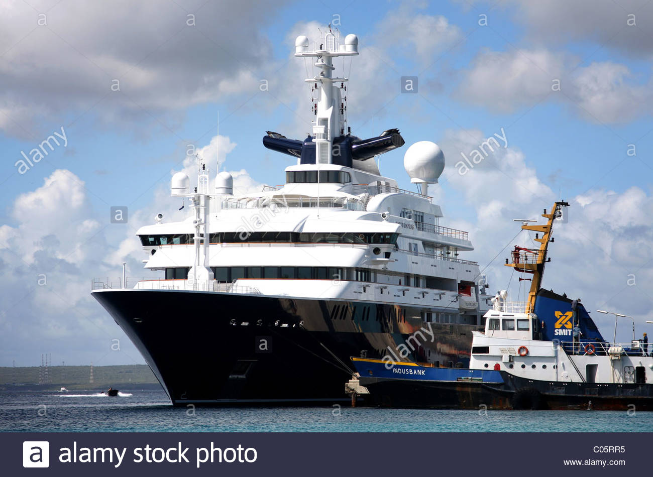 paul allen u0026 39 s yacht octopus in bonaire  dutch antilles stock photo  34549177