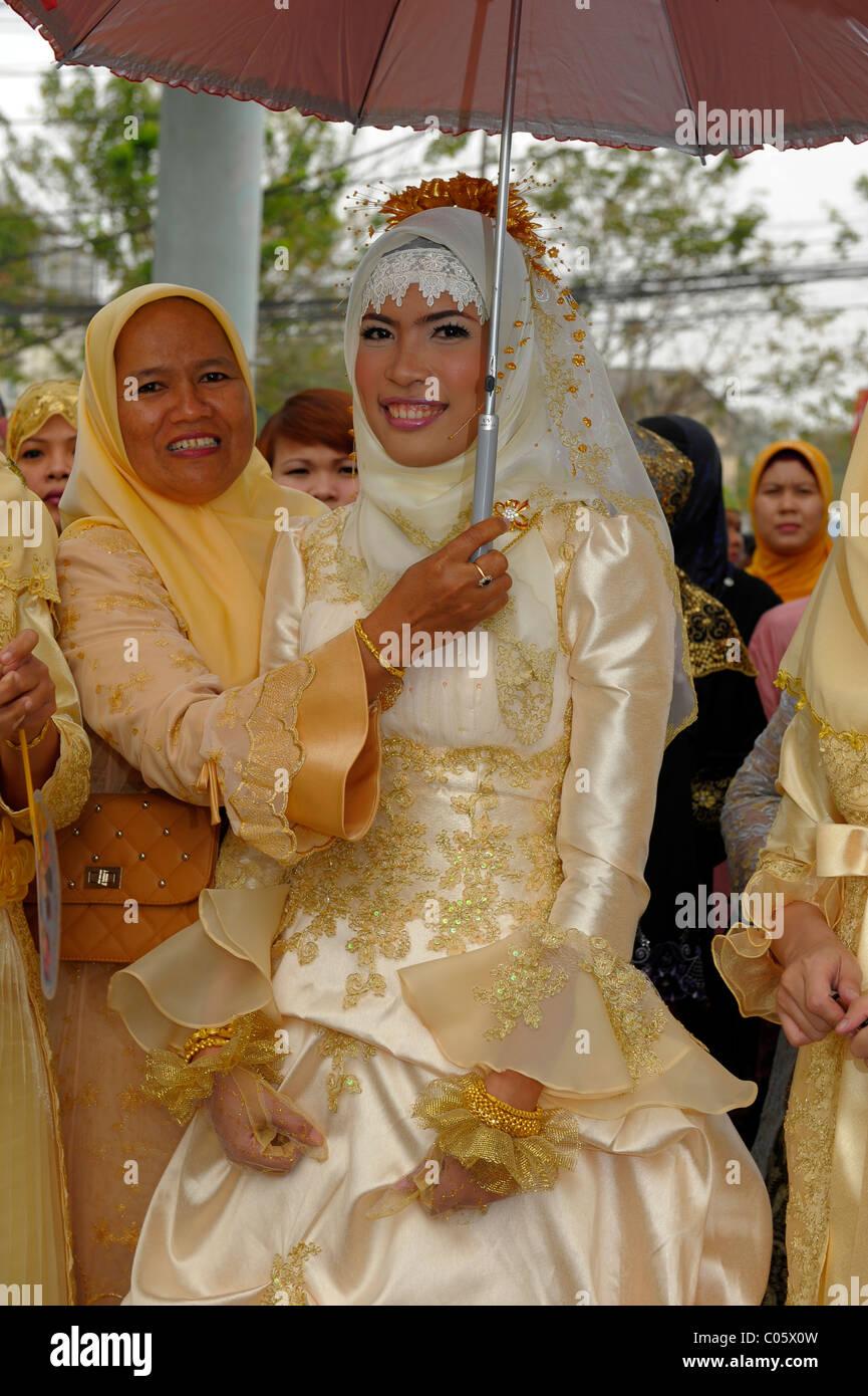 the muslim bride , muslim wedding , bangkok, thailand Stock