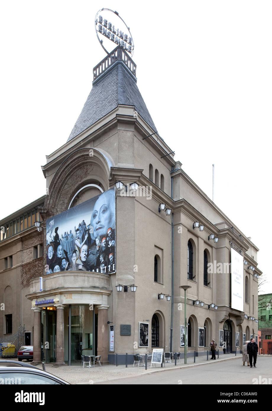 Berliner Ensemble Bertolt Brecht Theatre Berlin Mitte Berlin Stock Photo Alamy