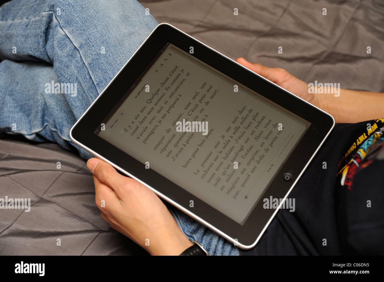 Ibook Stock Photos & Ibook Stock Images - Alamy