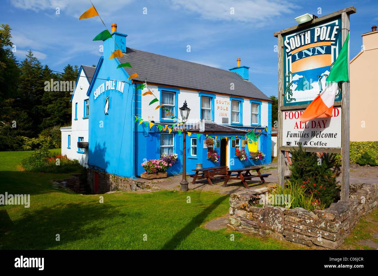 Early 20th Century Antarctic Explorer Tom Crean's Pub, The South Pole Inn, Anascaul, Dingle Peninsula, County - Stock Image