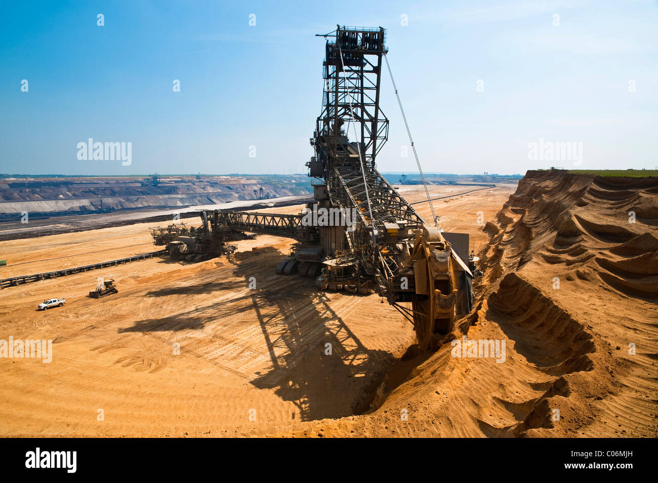 Bucket-wheel excavator in an open pit, Grevenbroich, North Rhine-Westphalia, Germany, Europe Stock Photo