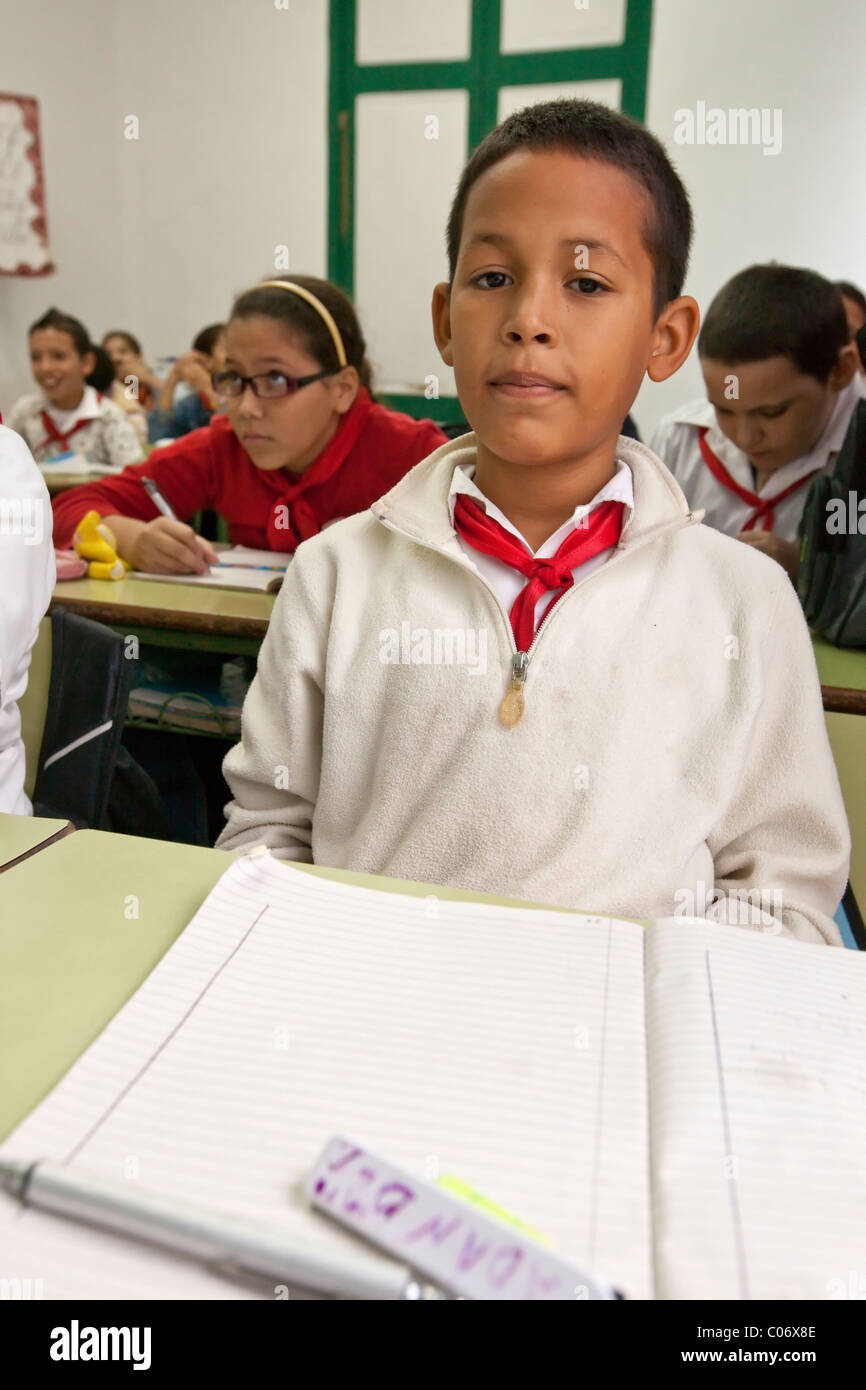 Cuba, Havana. Sixth Grade Student in Class Studying Cuban History. - Stock Image