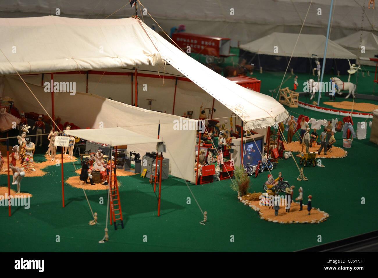 Model Circus Stock Photos & Model Circus Stock Images