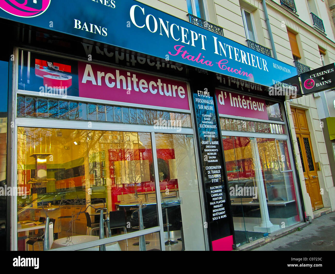 https://c8.alamy.com/comp/C0723C/paris-france-modern-interior-design-concept-interieur-shop-front-window-C0723C.jpg