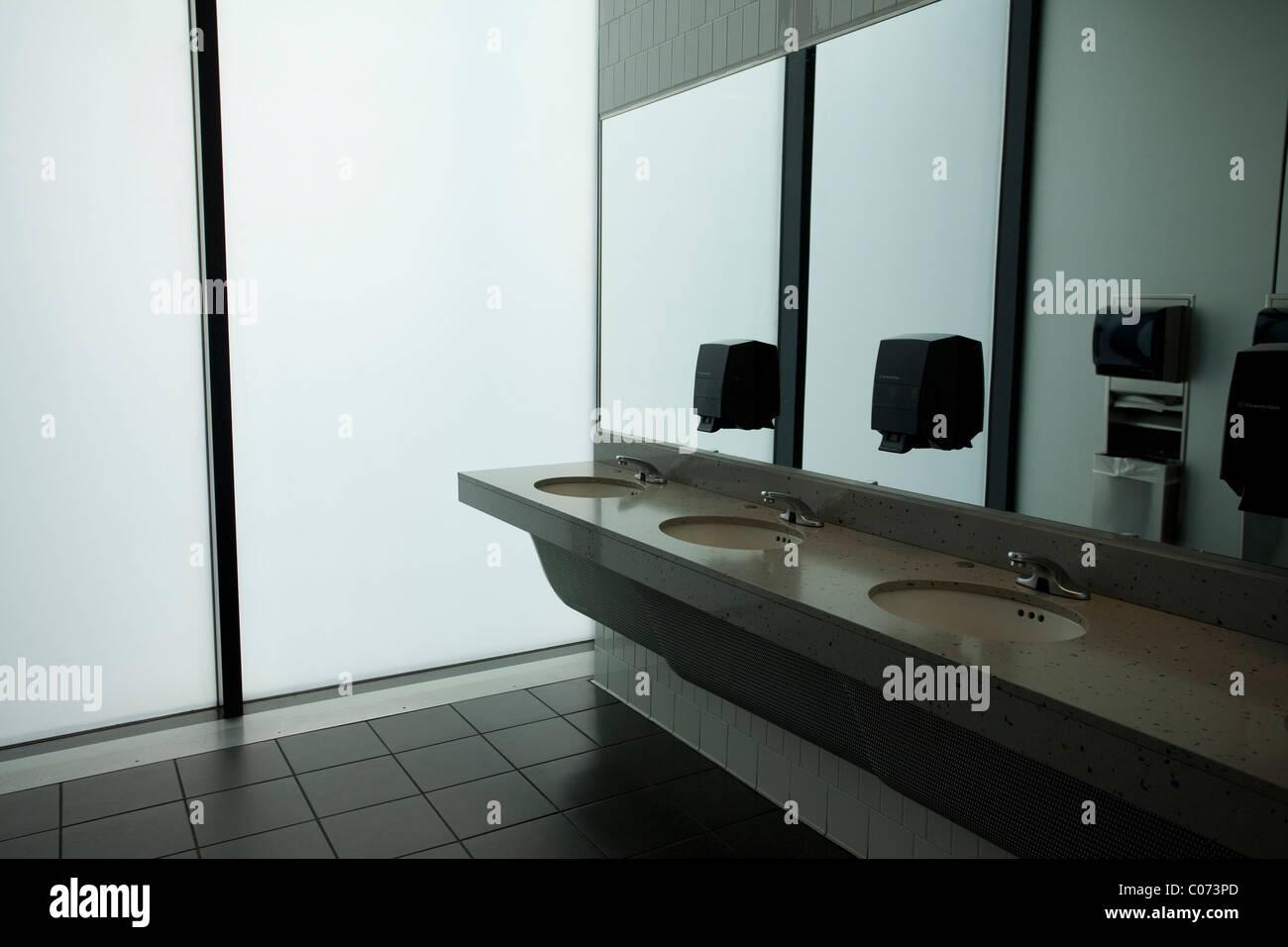 Dallas International Airport Women S Room