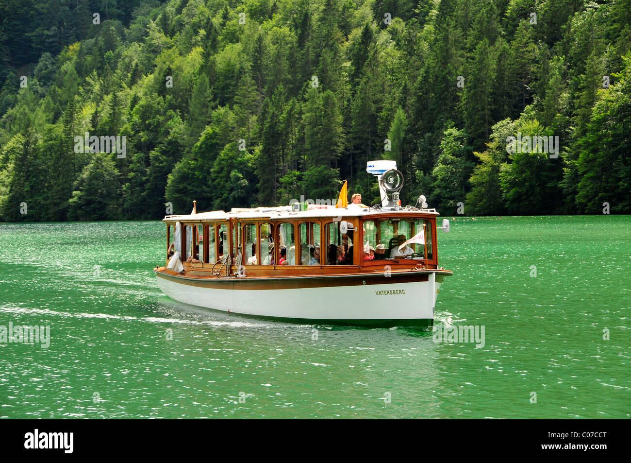 Electric boat 'Untersberg' of the Koenigssee-Schifffahrt line near Koenigssee village, Koenigssee lake, - Stock Image