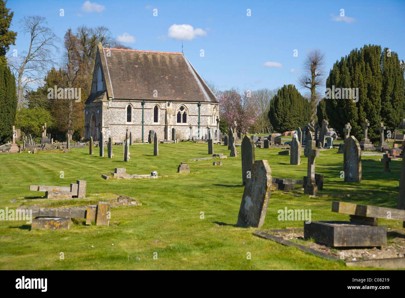 St Mary's Churchyard with Andover Chapel, Chapel Arts, Andover, Hampshire, England, United Kingdom, Europe - Stock Image