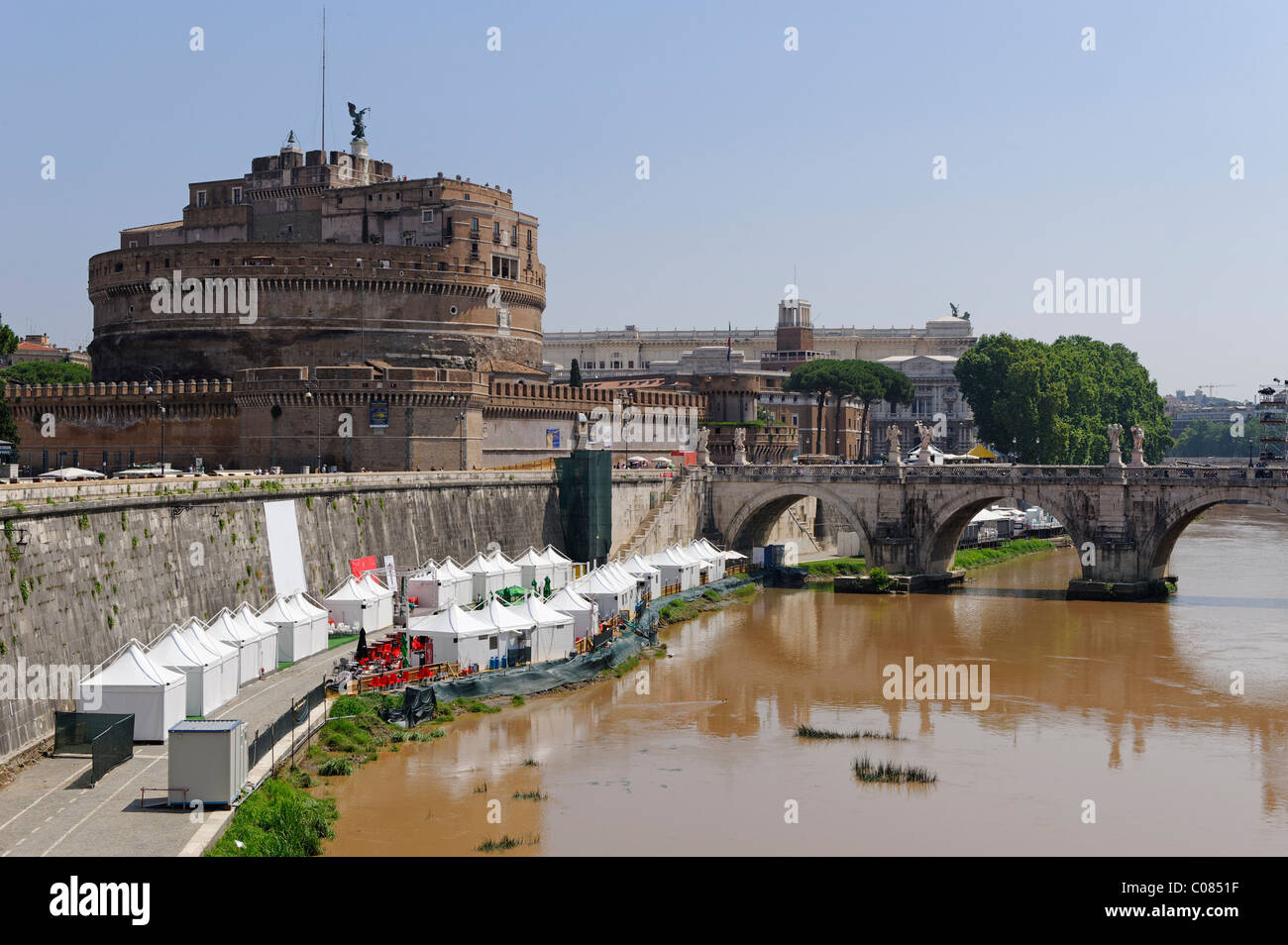 Castel Sant'Angelo, Mausoleum of Hadrian, with muddy river Tiber, Rome, Italy, Europe - Stock Image