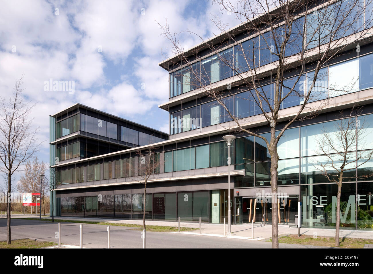 Lise-Meitner-Haus building, Institute of Physics, Humboldt-Universitaet university, Wissenschaftsstadt Adlershof - Stock Image
