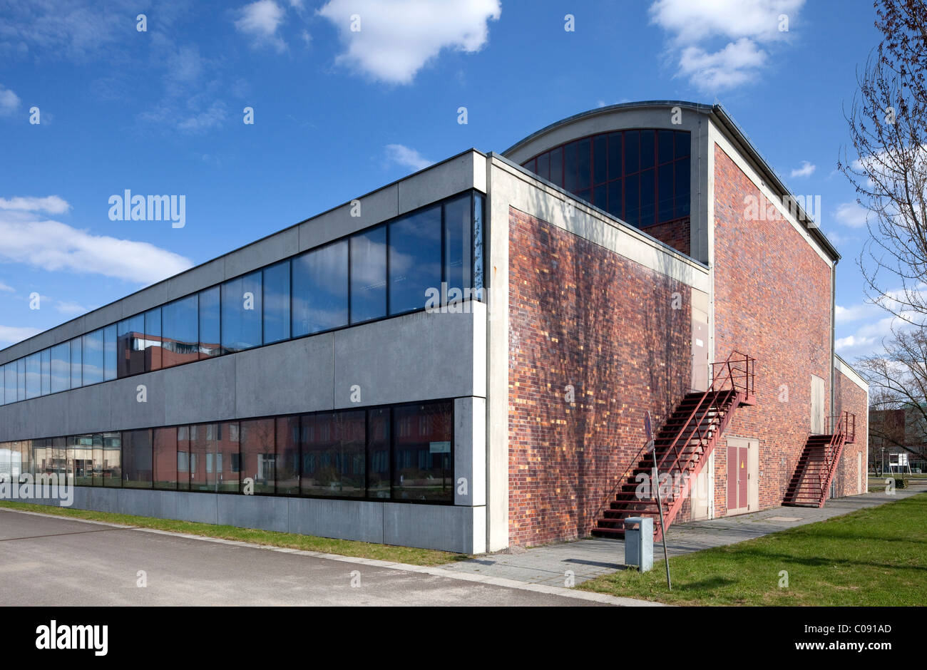Airfield hangar of the former Johannisthal airport, Humboldt-Universitaet university, Wissenschaftsstadt Adlershof Stock Photo
