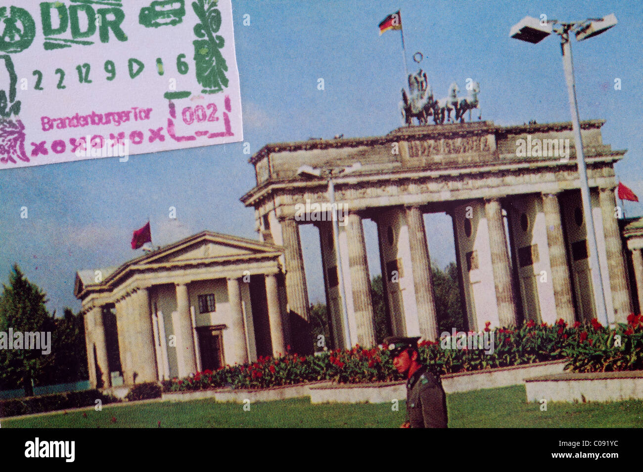 DDR: Opening of border crossing point at the Brandenburger Tor 12.22.1989 - Stock Image