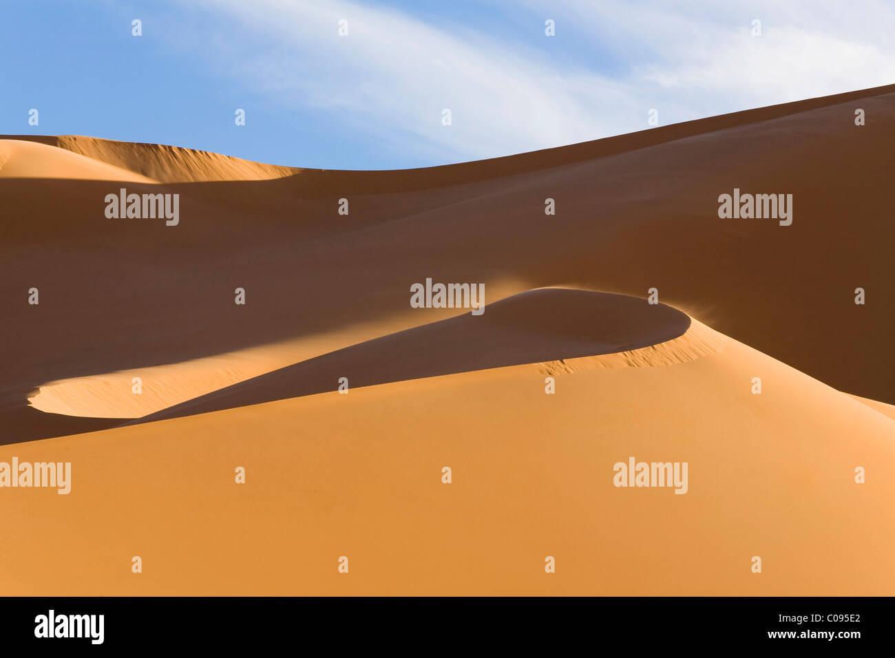 Sand dunes of the Libyan desert, Erg Murzuq, Libya, Sahara, North Africa, Africa - Stock Image