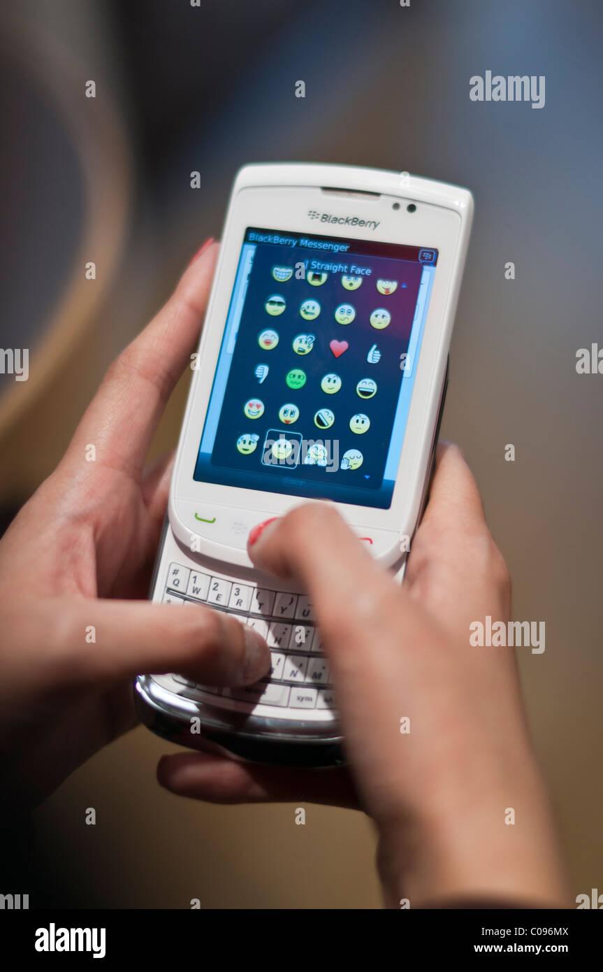 Blackberry messenger Stock Photo: 34623594 - Alamy