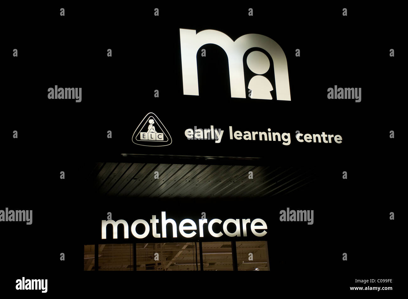 Mothercare and early learning centre in the black - Stock Image