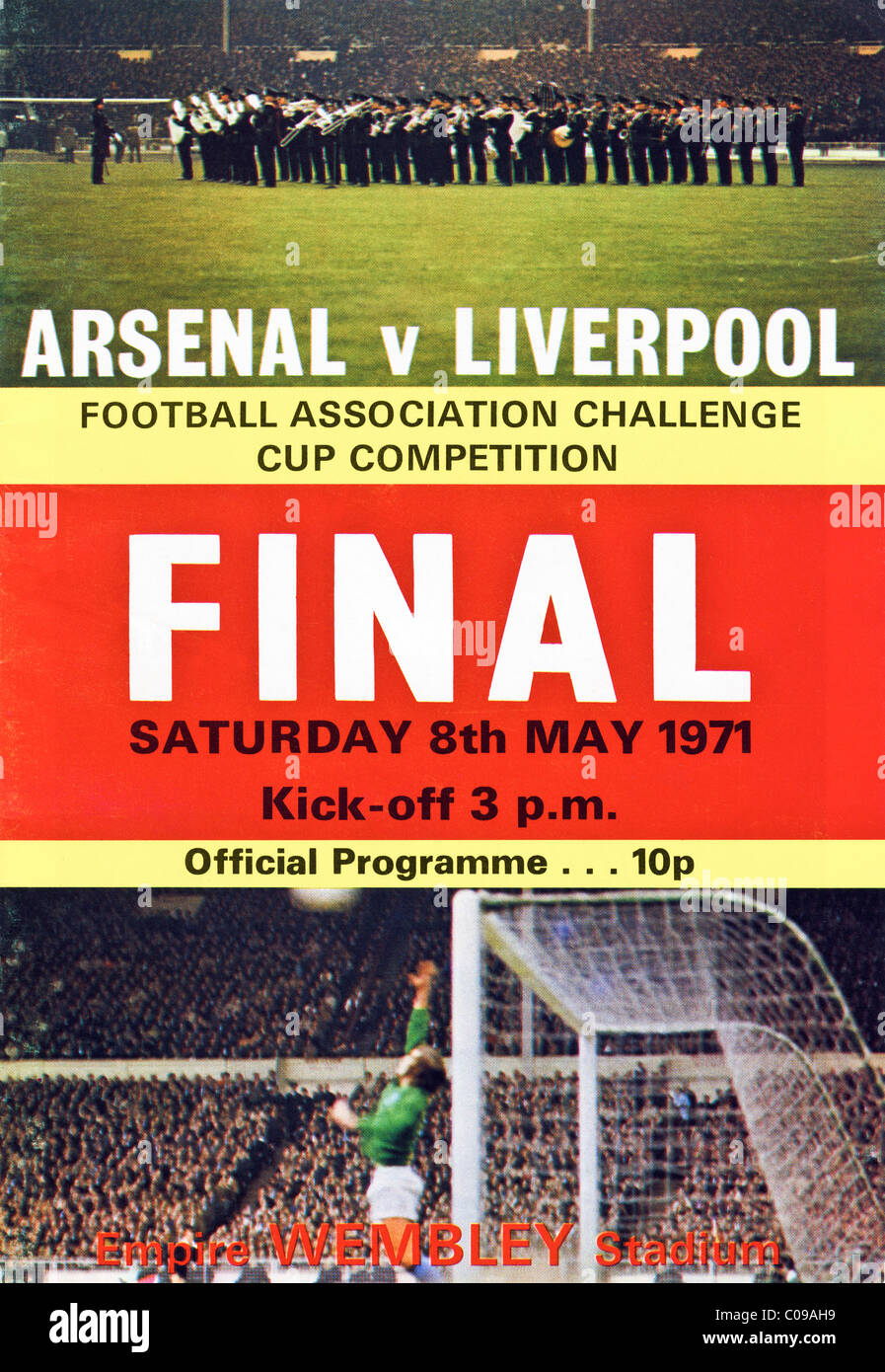 Cover of 1971 FA Cup Final programme Arsenal v Liverpool Stock Photo