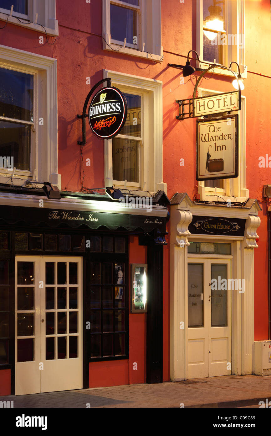 Hotel The Wander Inn with Guinness advertising, Kenmare, Ring of Kerry, County Kerry, Ireland, British Isles, Europe - Stock Image