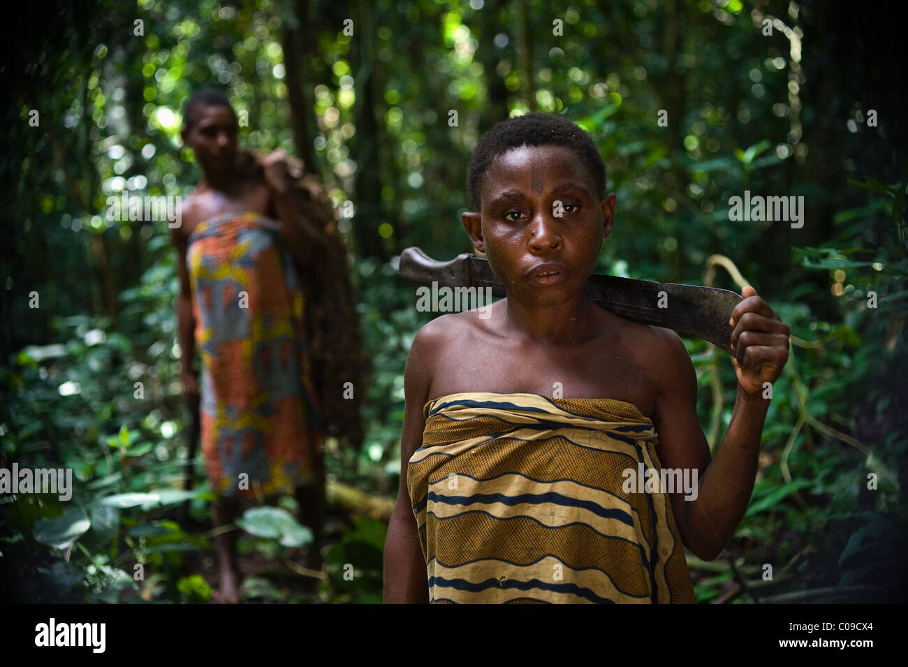 Women of a tribe of pygmies. - Stock Image