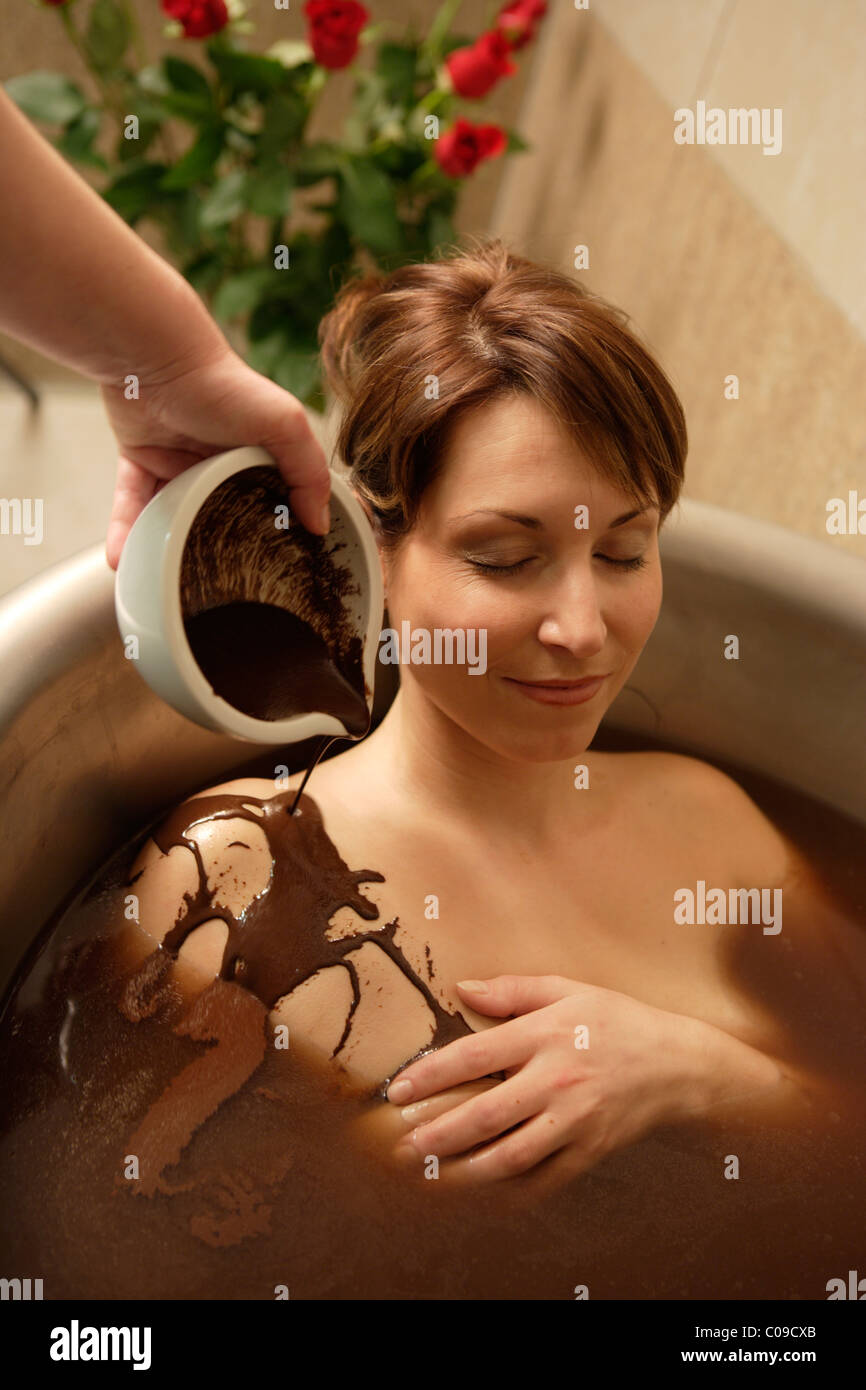 Chocolate bath chocolate picture