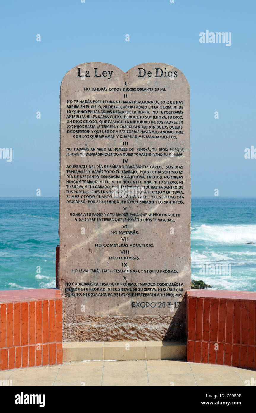 The sacred Ten Commandments, rules, tablet of law, waterside promenade, Croatia, Iquique, Norte Grande, northern - Stock Image