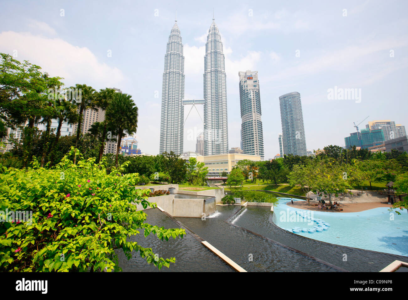 KLCC Park, Petronas Twin Towers, Kuala Lumpur, Malaysia, Asia - Stock Image