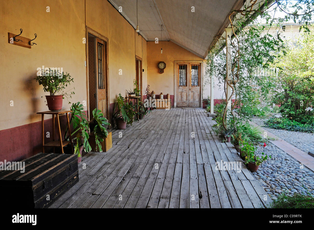 patio veranda el solar de los madariaga traditional residence stock photo 34637027 alamy. Black Bedroom Furniture Sets. Home Design Ideas