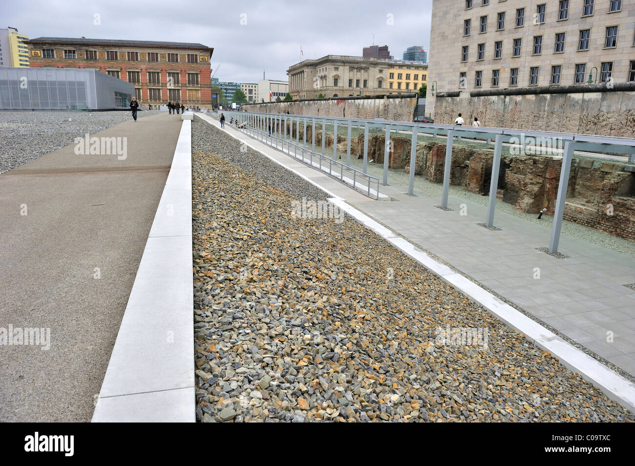 Redesigned exterior of the exhibition 'Topography of Terror' on the grounds of the former SS headquarters - Stock Image