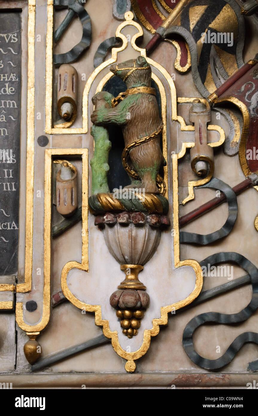 Bear and ragged staff, Beauchamp Chapel, St. Mary's Church, Warwick, Warwickshire - Stock Image