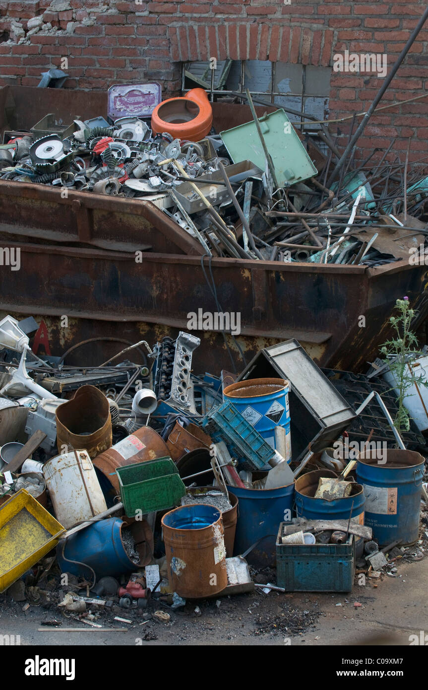 Scrap, metal collection, full skip - Stock Image