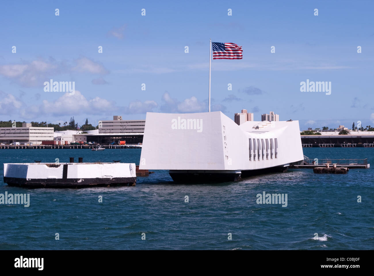 Pearl Harbor war monument. USS Arizona Memorial, Oahu Hawaii. - Stock Image