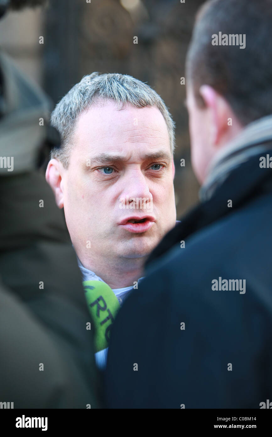 Aengus Ó Snodaigh TD arriving at Dail Eireann sinn fein - Stock Image