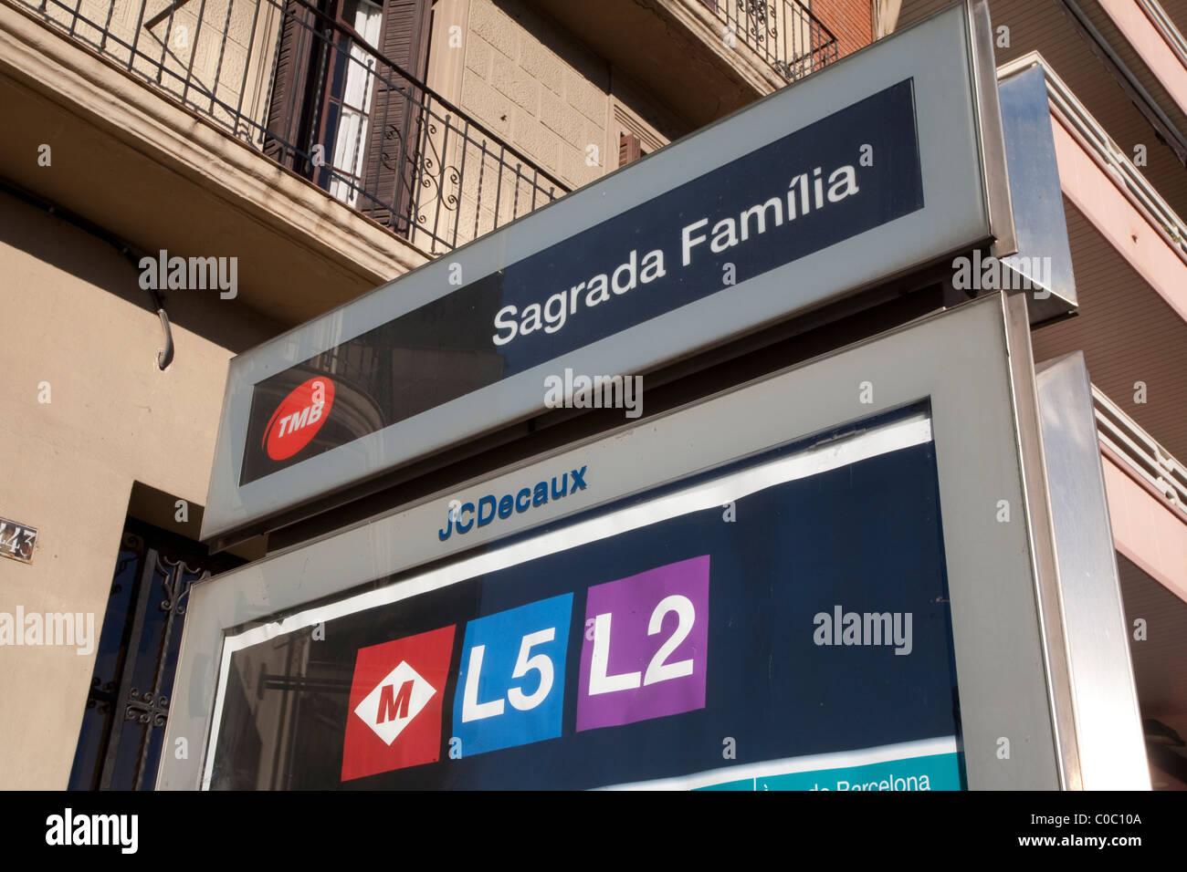 Sagrada Familia Subway Station Metro Sign in Barcelona, Catalonia, Spain - Stock Image