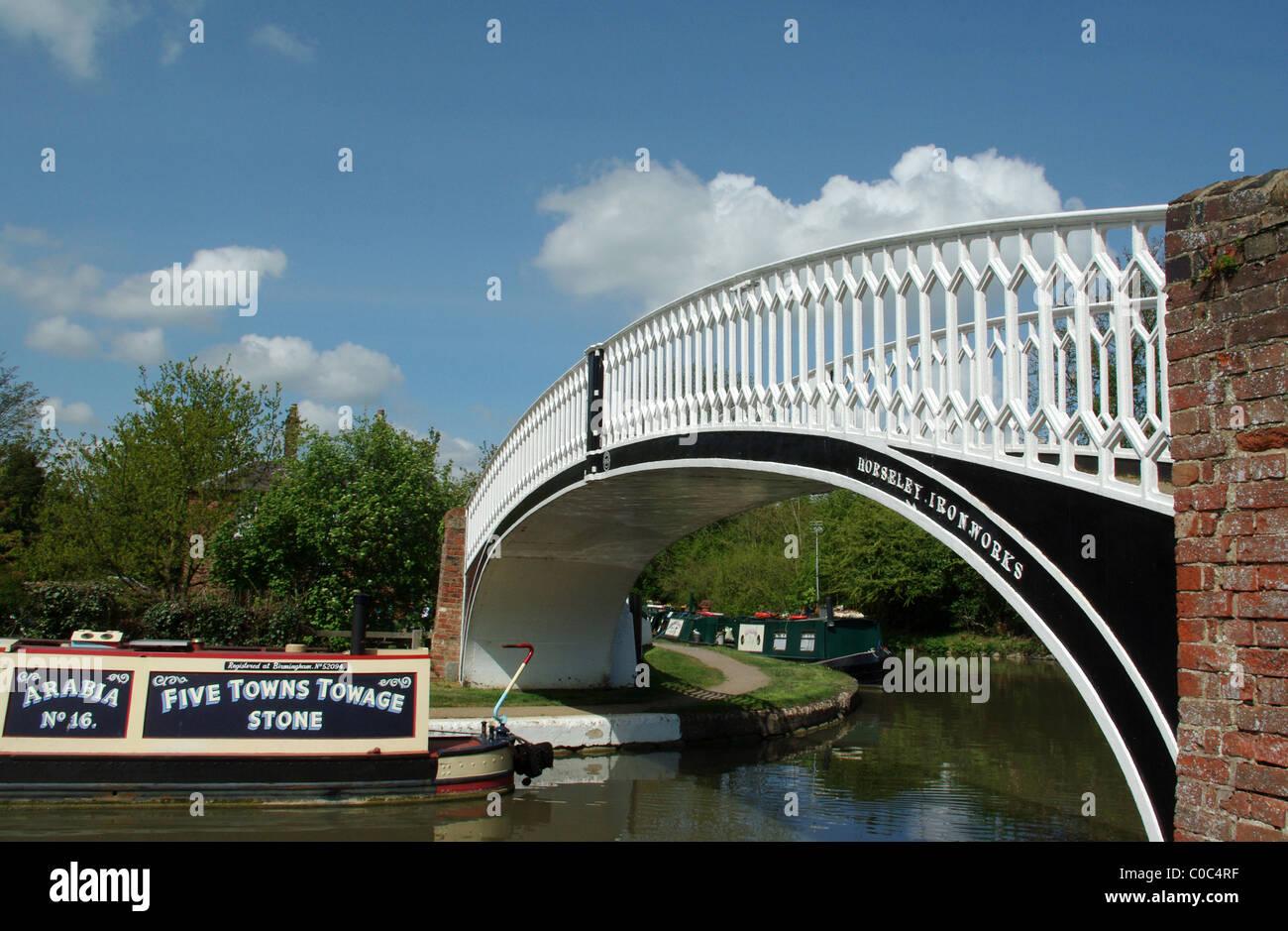 The roving bridge at Braunston Marina, Northamptonshire, England UK - Stock Image
