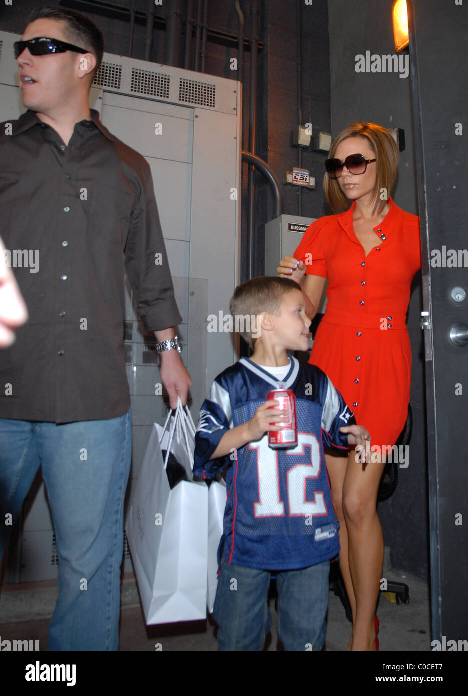 Victoria Beckham goes on a shopping spree in Dolce Gabana with her son Cruz Beckham Los Angeles, California - 21.03.08 - Stock Image