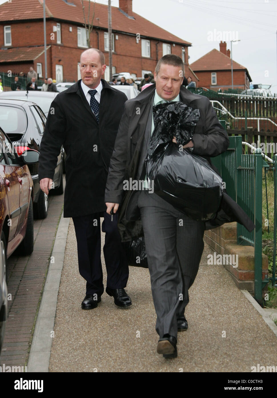 Detectives have removed items from the home of Craig Meehan, 22, stepfather of abducted schoolgirl Shannon Matthews, - Stock Image