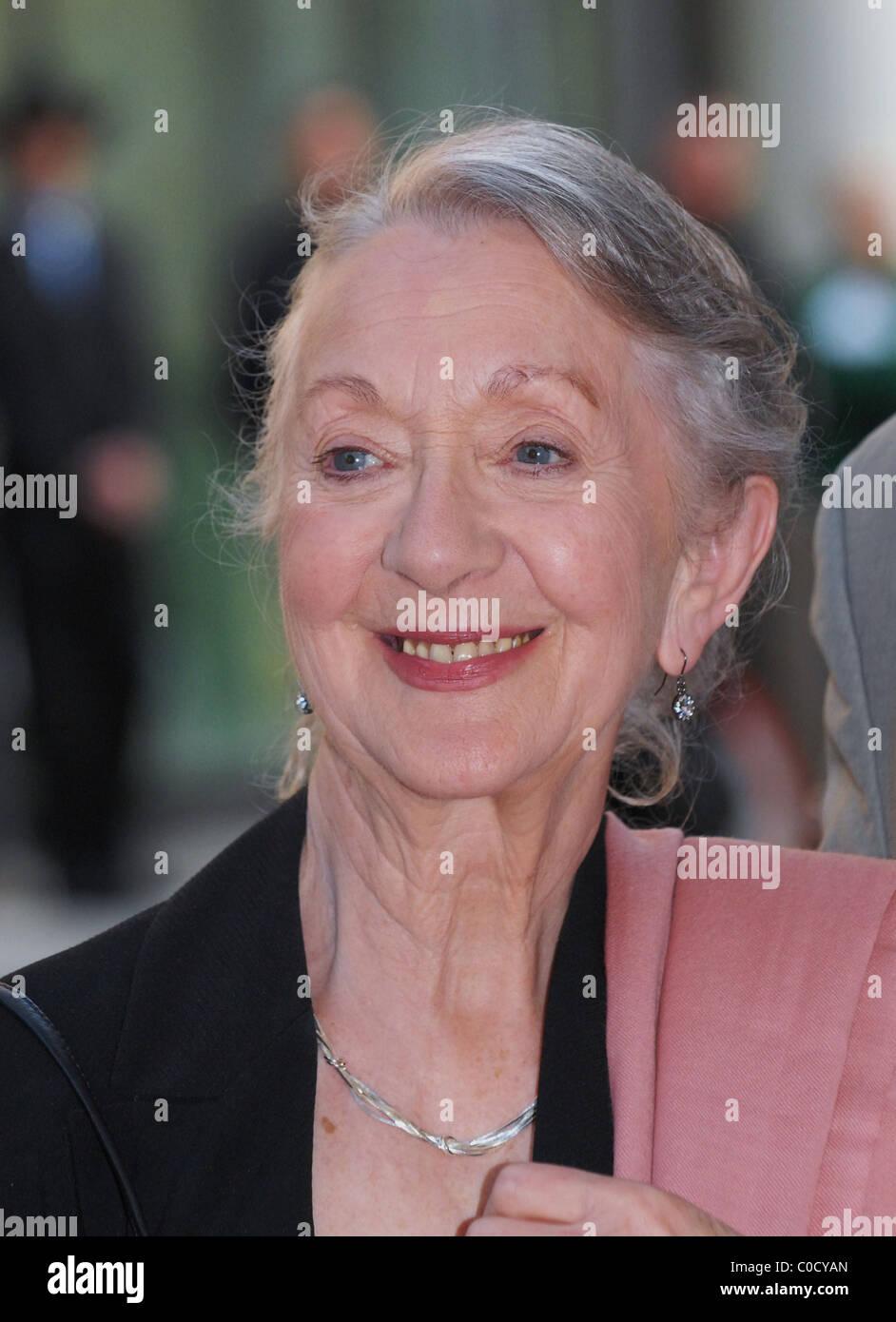 Thelma Barlow