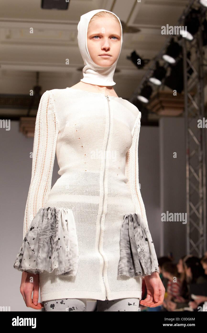 London Fashion Week, Collection by designer Sara Bro-Jorgensen, Ones to Watch, Vauxhall Fashion Scout - Stock Image