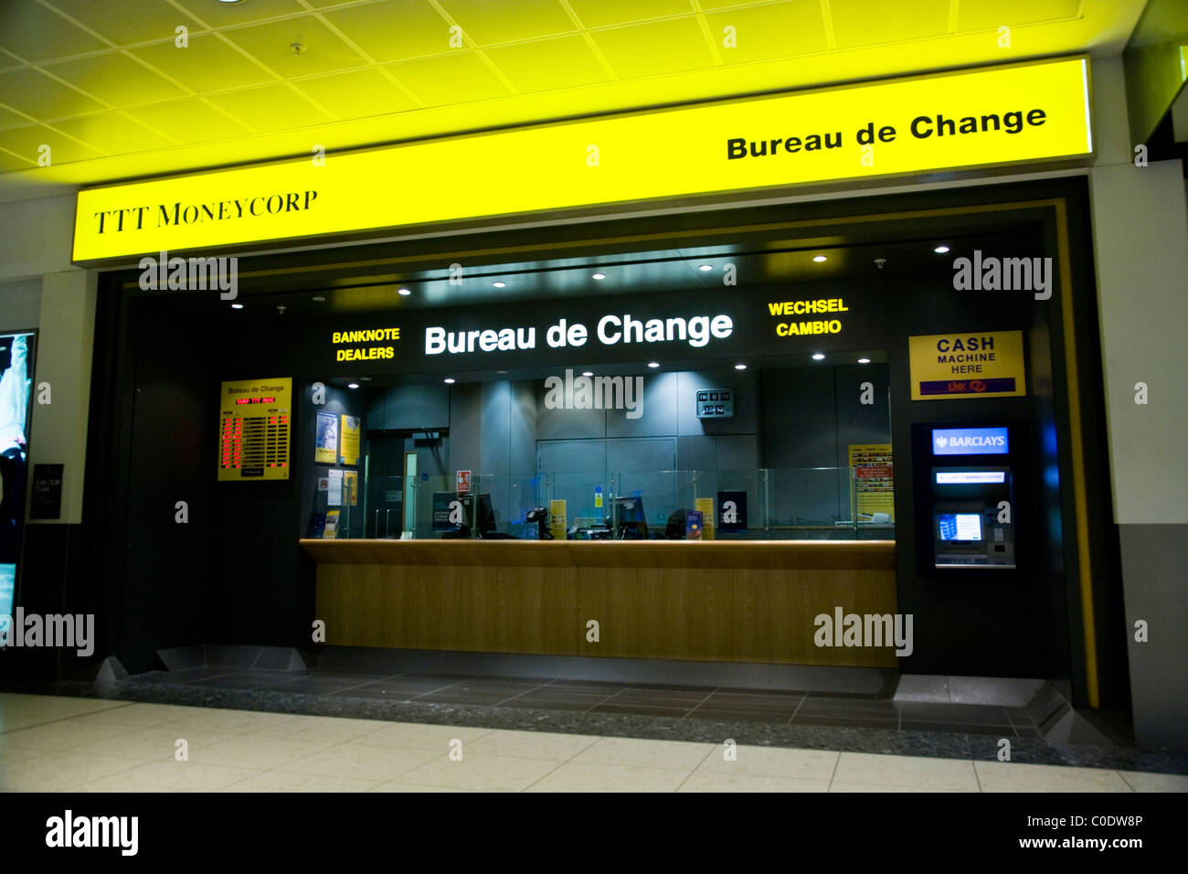 Ttt stock photos ttt stock images alamy - Gatwick airport bureau de change ...