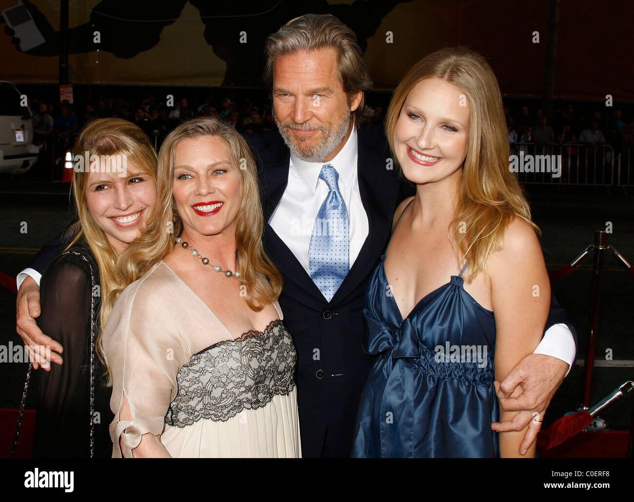 Jeff Bridges Family Los Angeles Stock Photos & Jeff ...