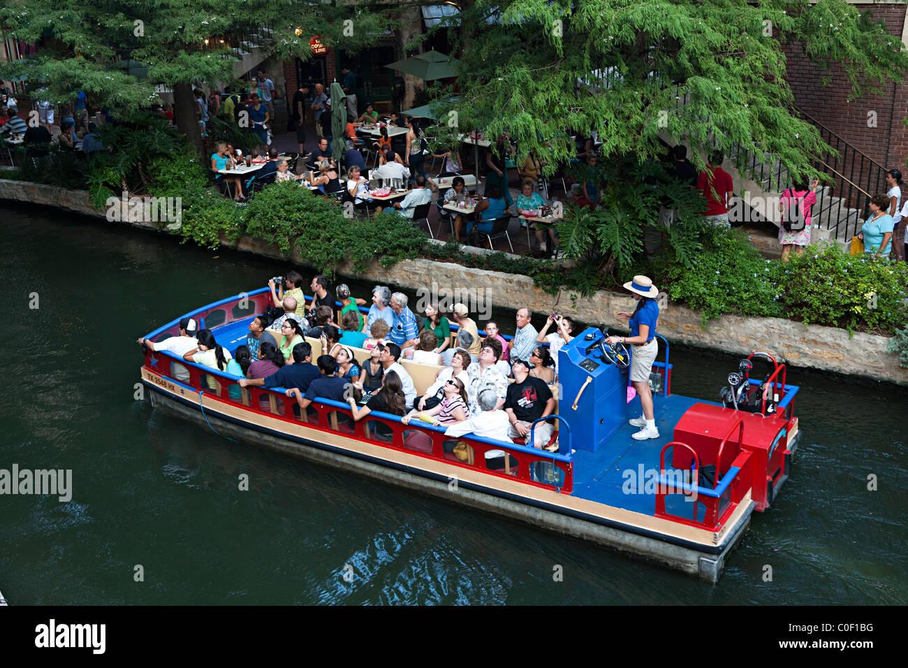 Taxi San Antonio >> People Sightseeing On A River Taxi San Antonio River Walk Texas Usa