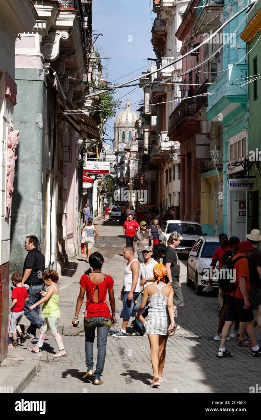 Street scene in Havann Viejo, People, shopping area, Havanna Cuba Stock Photo