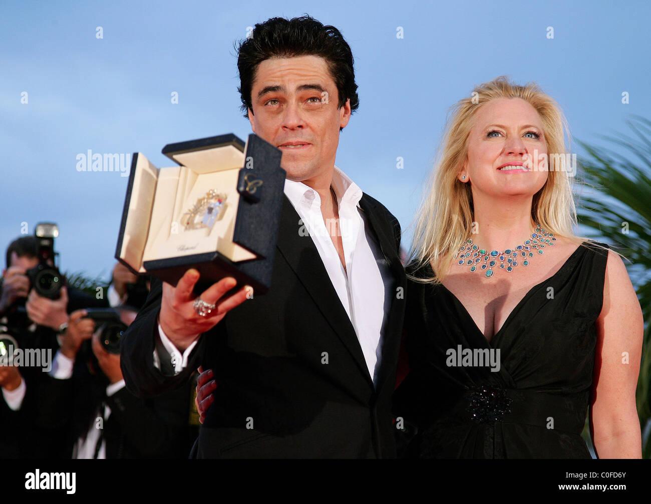Benicio Del Toro avec amie Kimberly Stewart