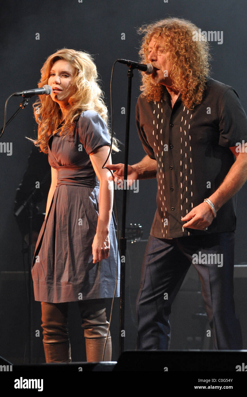 alison krauss and robert plant perform live in concert wamu